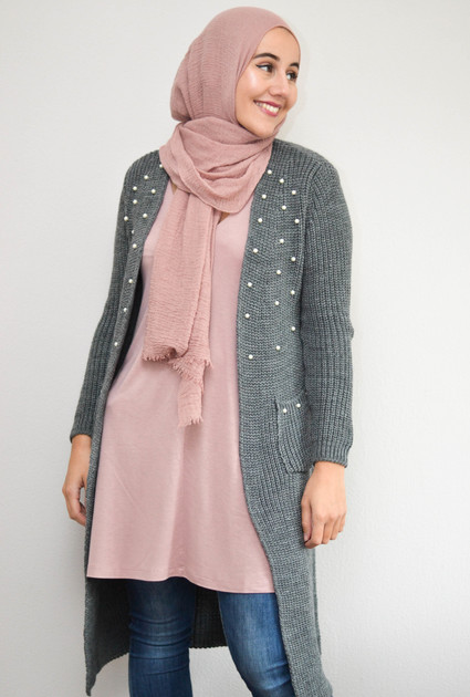 Knitted Pearl Vest - GREY