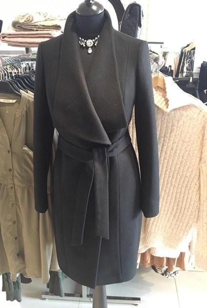 Coat Queen - BLACK