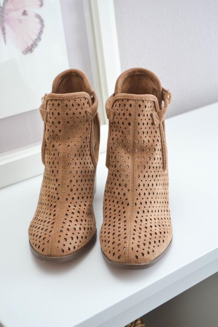 Boots Jess